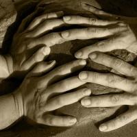 mischart-photography-hands