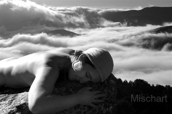 photography-nudes-clouds
