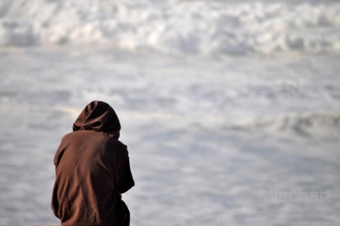 Contemplating-the-ocean