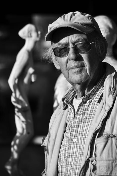 sculptor and sculpture